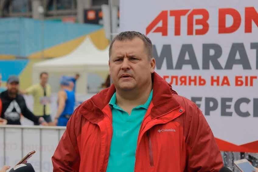 Около 3 тысяч бегунов и шанс попасть на чемпионат мира: В Днепре стартовал третий ATB DNIPRO MARATHON
