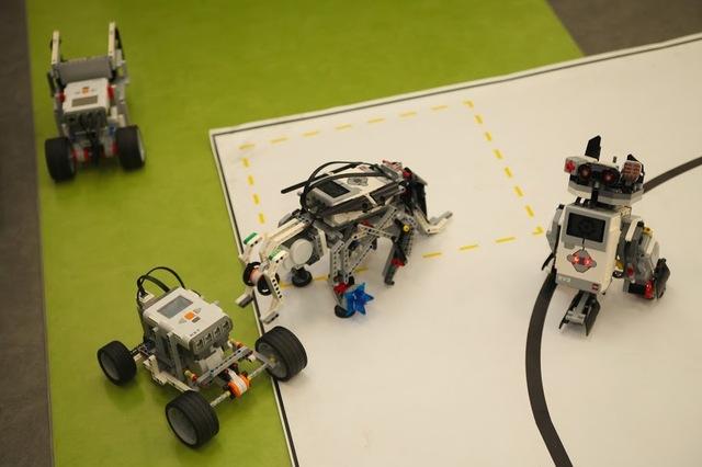 Днепропетровская ОГА планирует расширять сеть школ робототехники в области