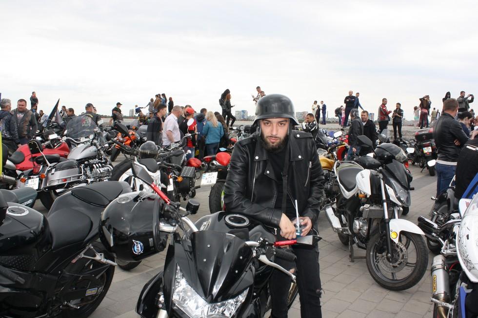 В Днепре байкеры провели мотопарад