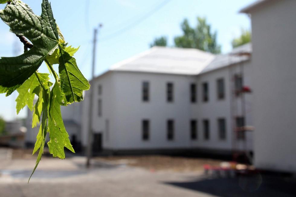 В Марганце заканчивается реконструкция школы №7