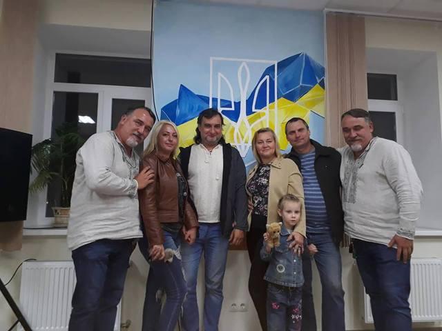 С братьями Капрановыми (Александр Костенко – второй справа)