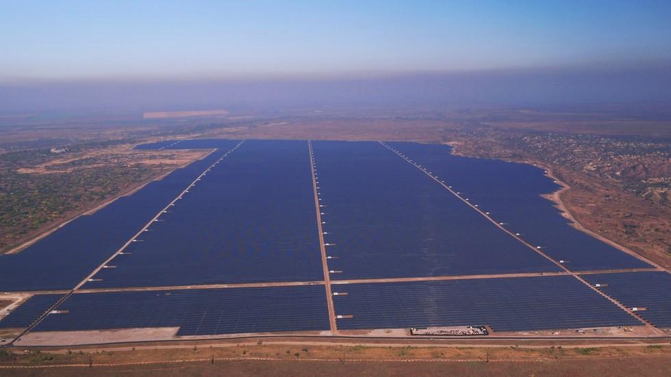 Проект европейского масштаба: ДТЭК запустил Покровскую СЭС мощностью 240 МВт