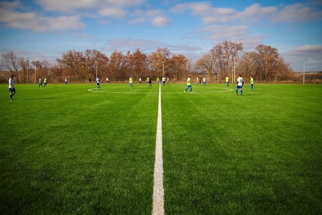 Новые футбольный поля появились по всей области