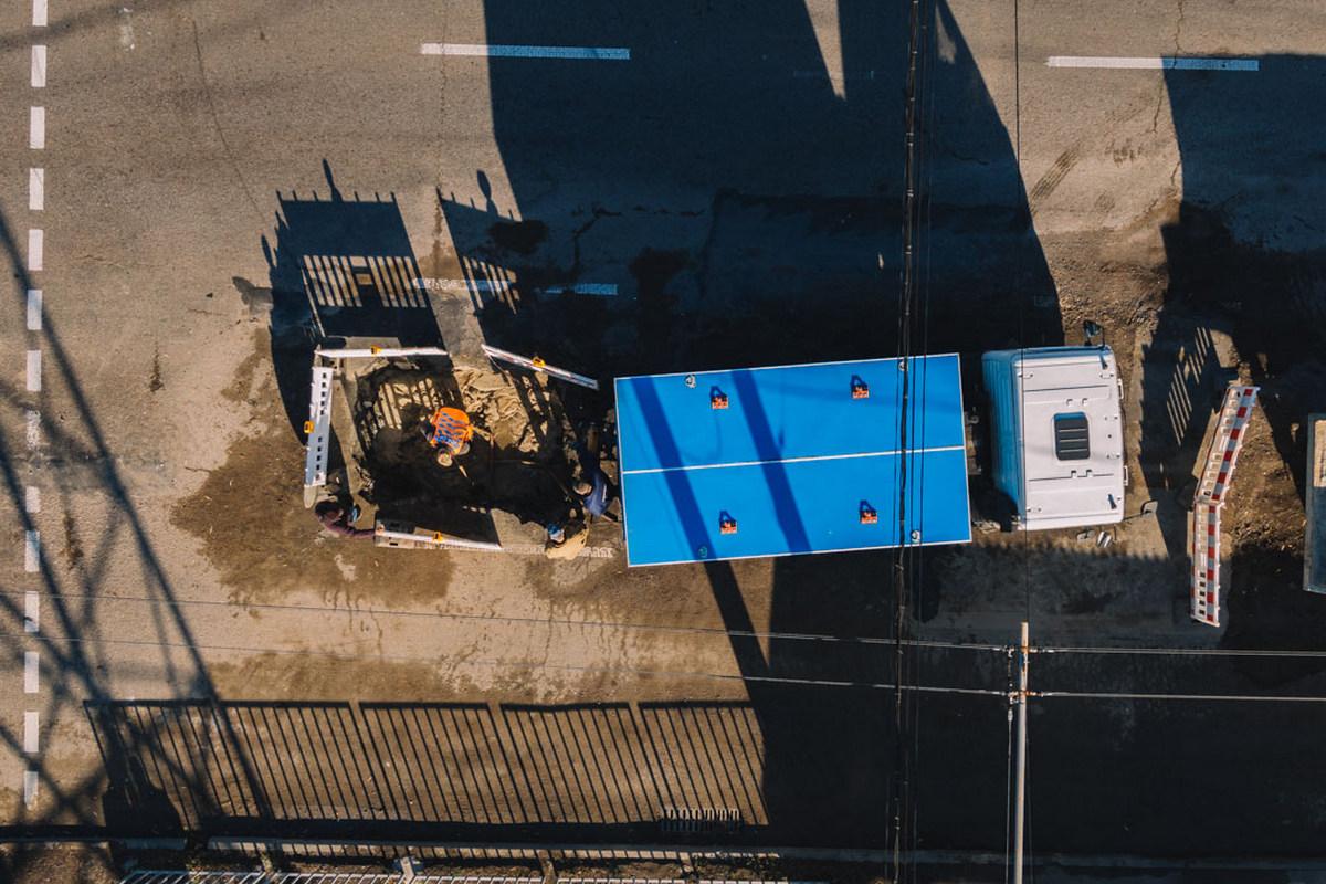 В Днепре на Набережной Заводской продолжают закапывать коллектор