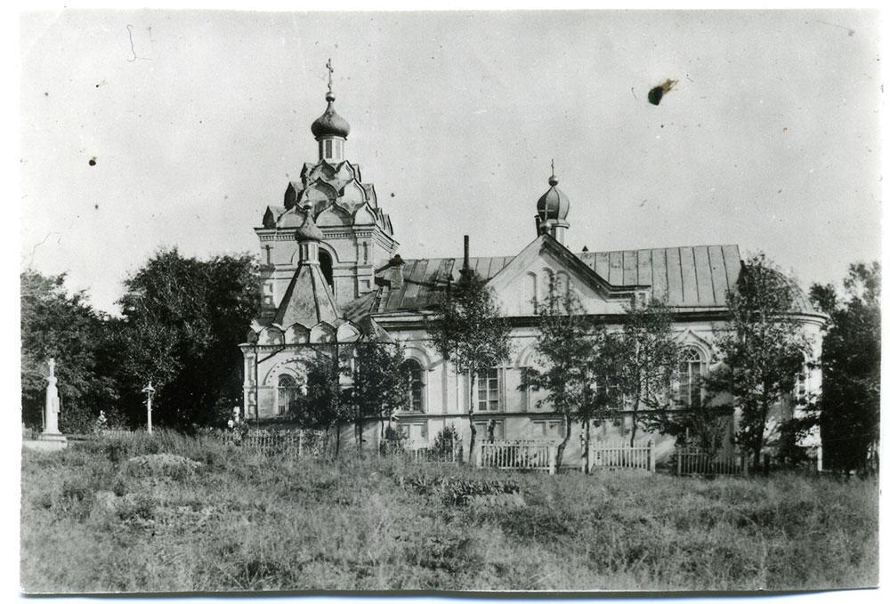 Лазаревская церковь В Днепре собрались отыскать могилу Александра Поля