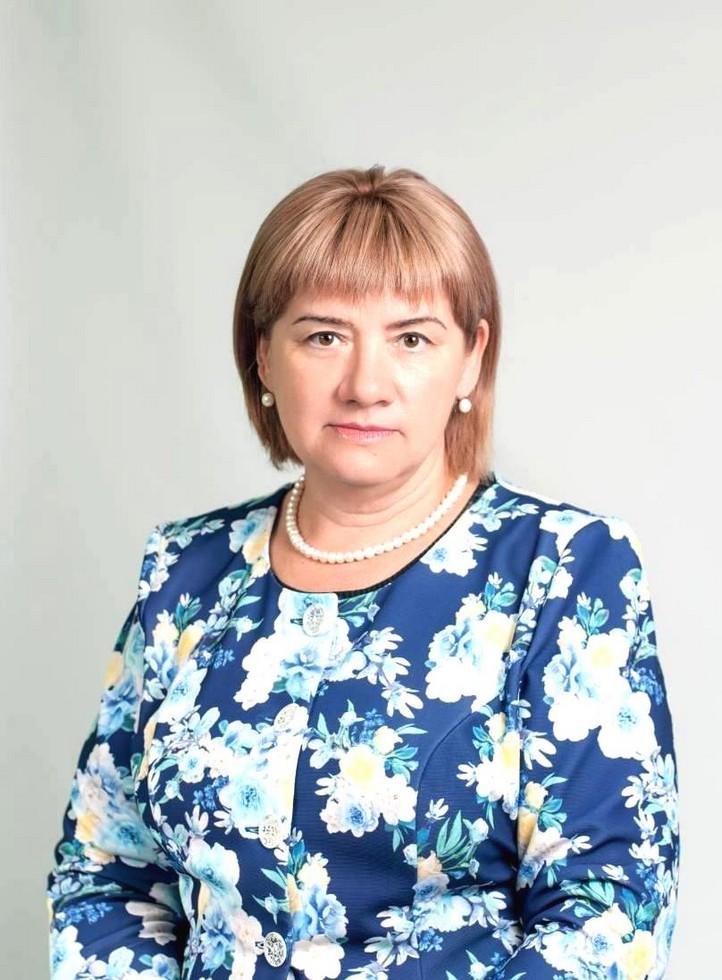 Директор средней школы № 21 Антонина Змиенко. Одна из старейших школ Днепра: история длиной в 120 лет