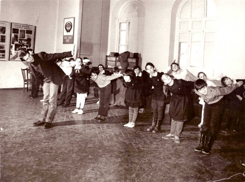 Урок танцев. 1970-е годы. Одна из старейших школ Днепра: история длиной в 120 лет