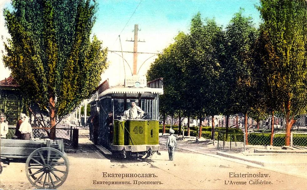 Идея трамвая возникла при А.Я. Толстикове. Александр Толстиков: легендарный «мэр» нашего города начинал с приказчиков