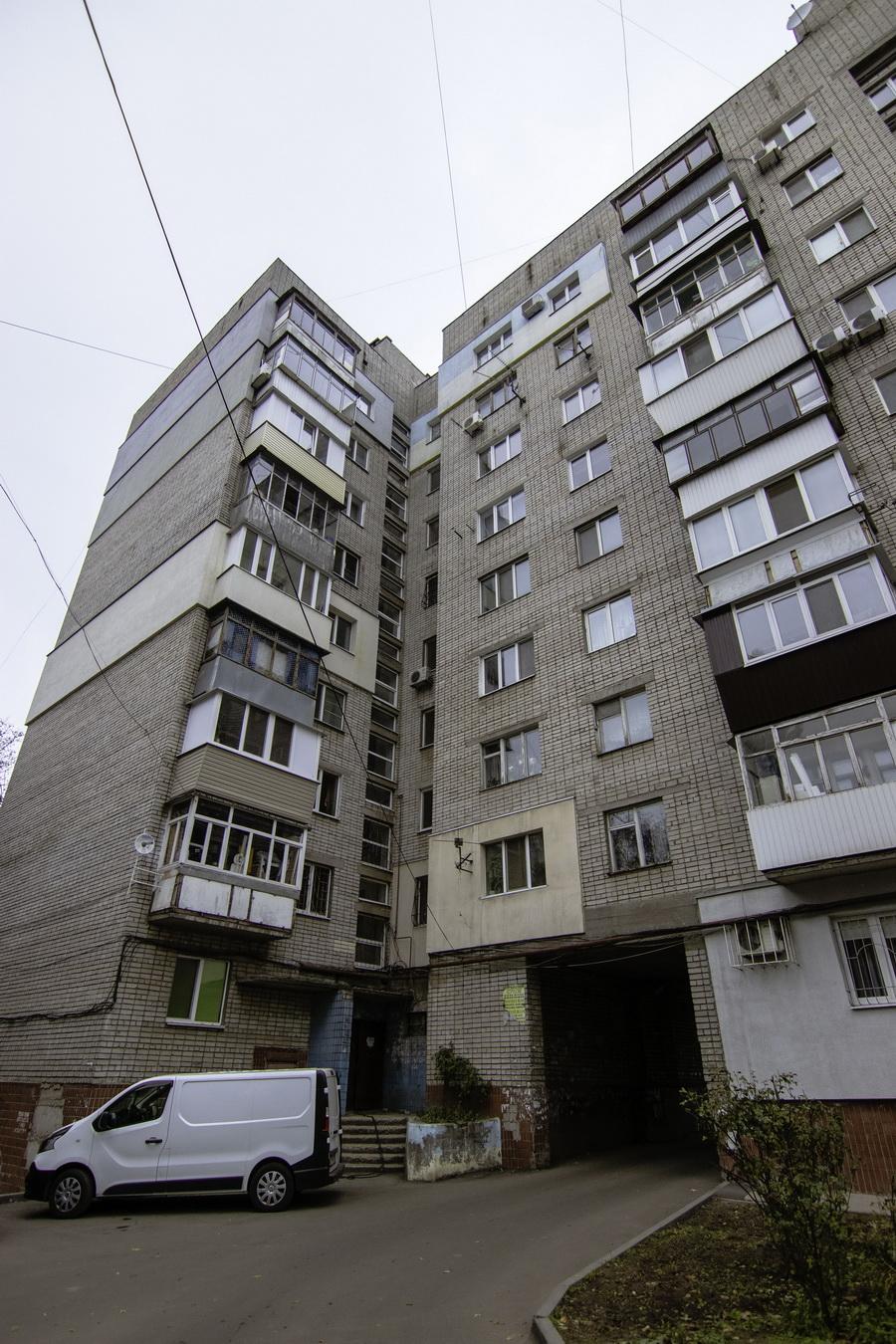 Жители будут с качественным теплом: в доме по ул. Гладкова, 4 заменяют трубопровод центрального отопления