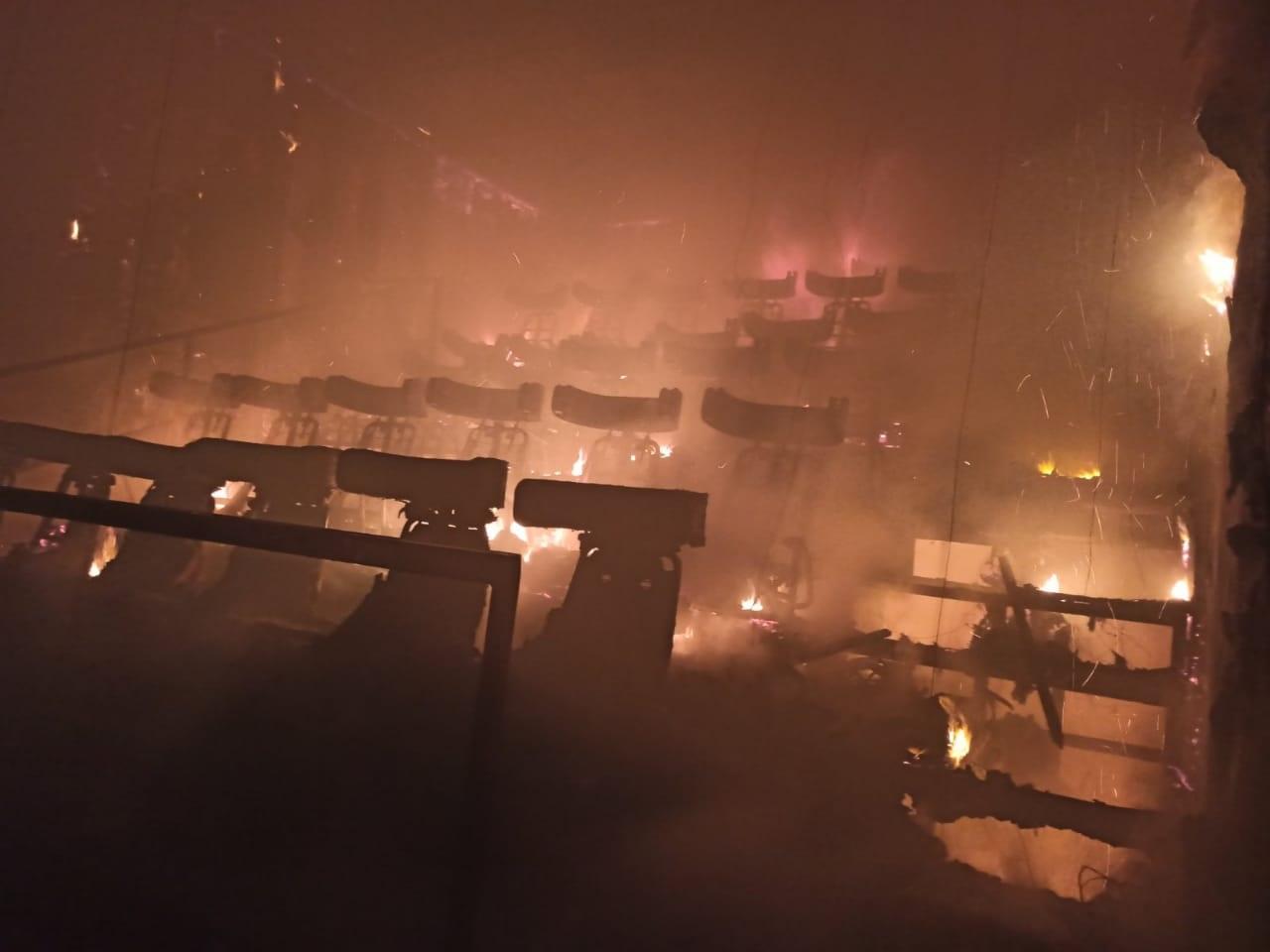 В Кривом Роге сгорел кинотеатр