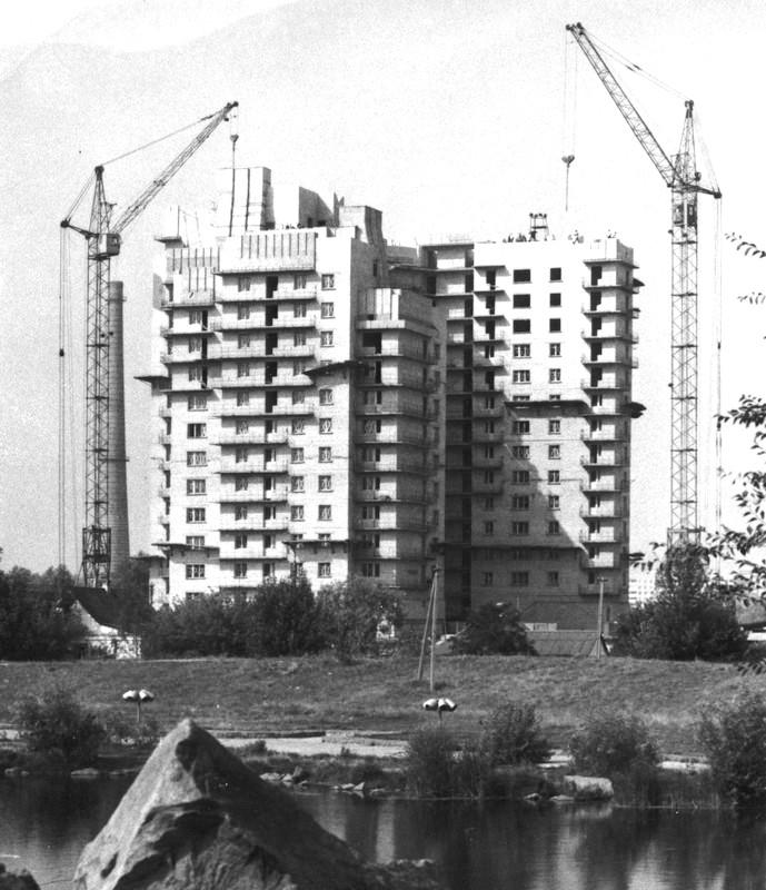 Строительство 16-этажек Жилмассиву Красный Камень в Днепре – 50 лет!