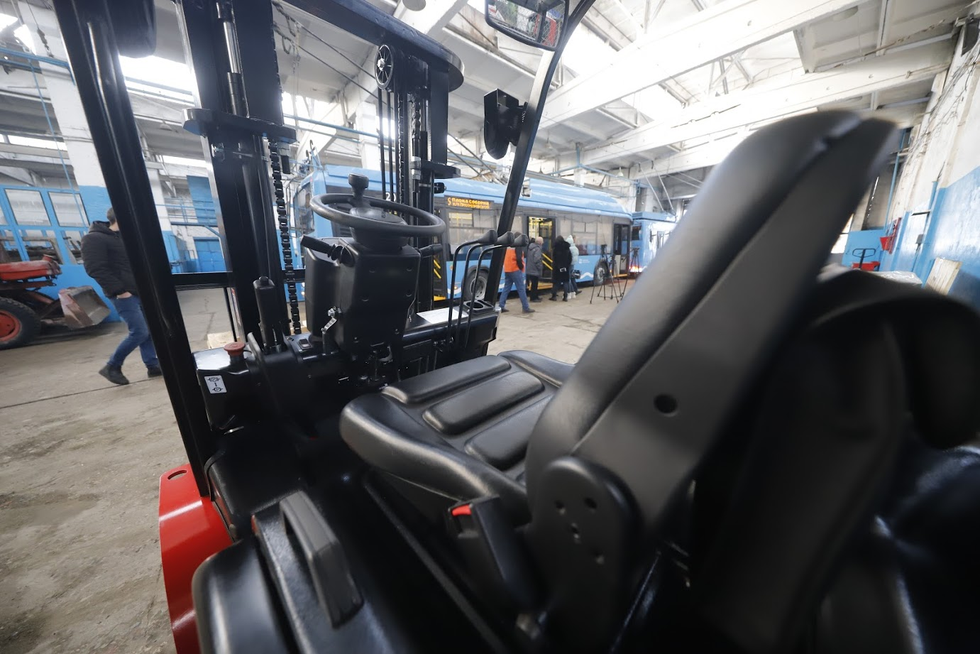 В Днепре обновляют техническую базу для обслуживания и ремонтов троллейбусов и трамваев
