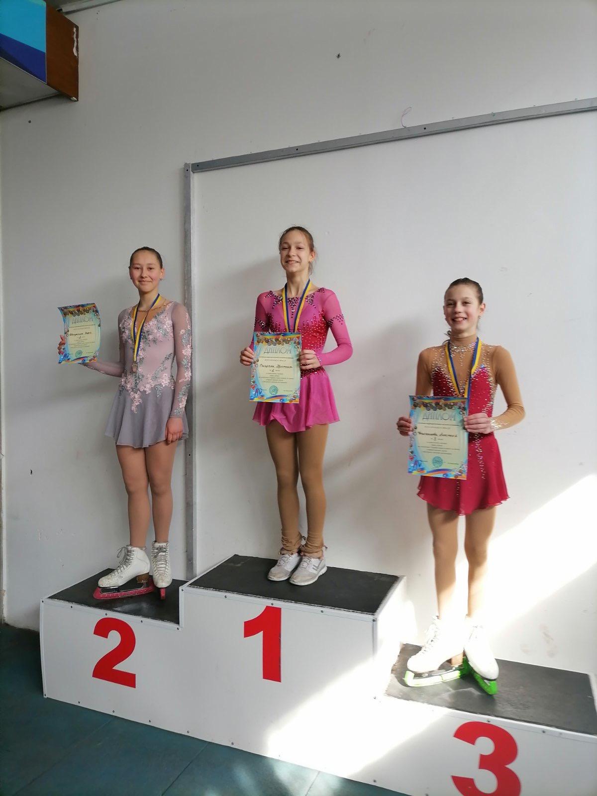Фигуристка из Днепра привезла «золото» с чемпионата Украины по фигурному катанию на коньках