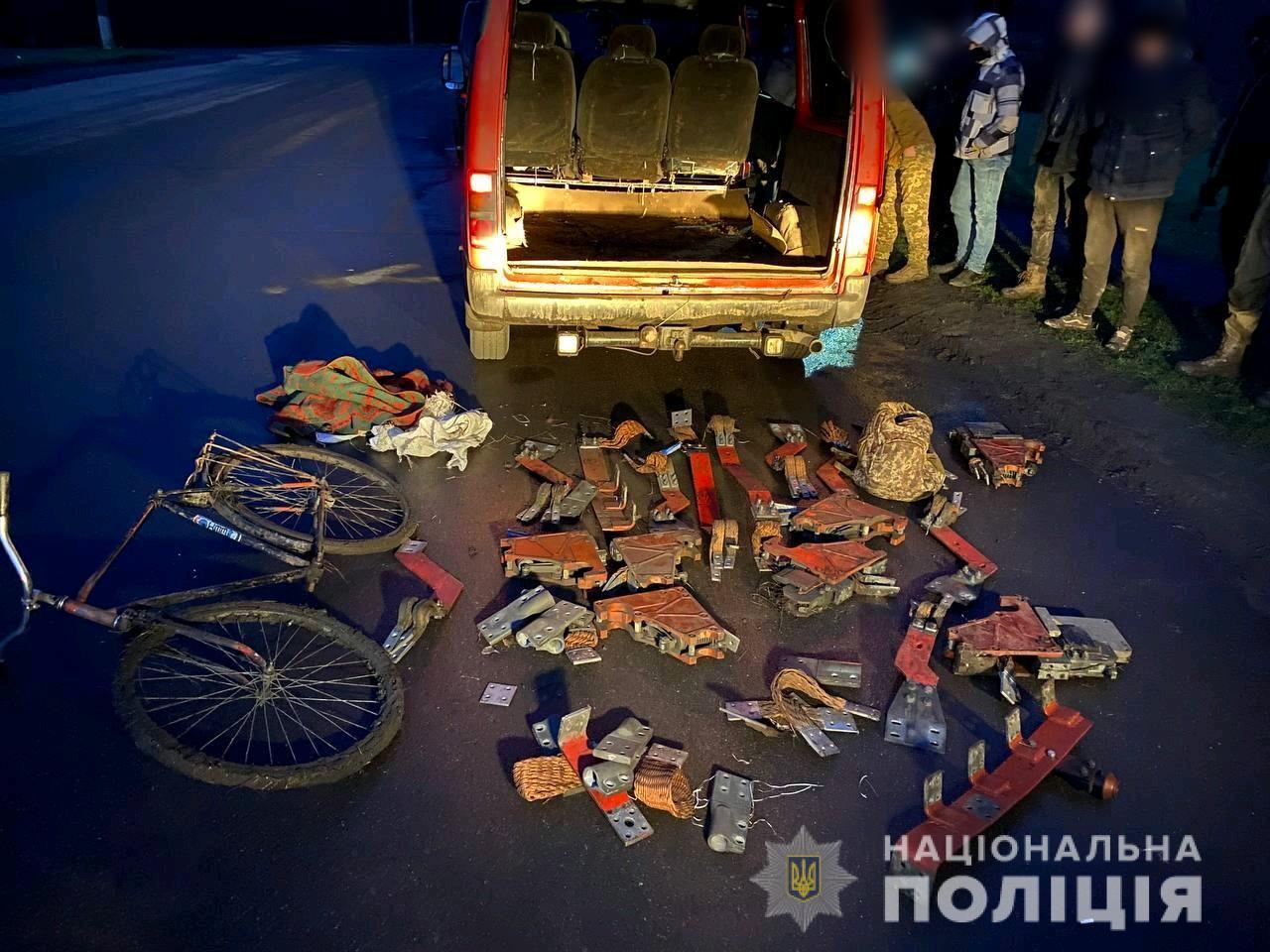 На Днепропетровщине задержали преступную группу за серию краж с предприятия, которое имеет стратегическое значение для экономики и безопасности государства