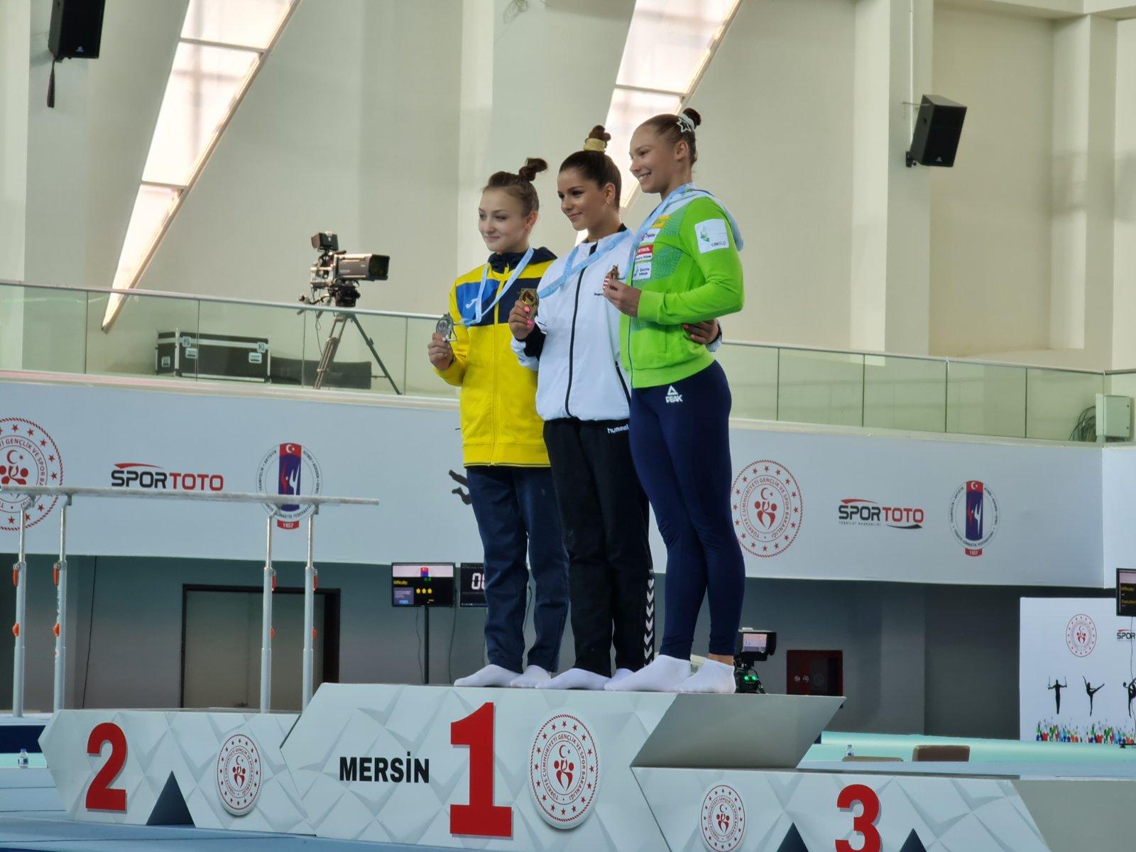 Днепрянка завоевала серебро на этапе Кубка мира по спортивной гимнастике