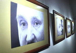 «Глаза войны». В Днепре открылась выставка фотографа Сергея Дивеева
