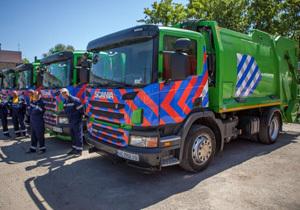 В горсовете Днепра объявляют войну «серым» перевозчикам мусора