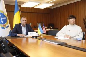Борис Филатов и временный поверенный в делах США в Украине Кристина Квин обсудили перспективы развития местного самоуправления