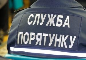 Спасатели Днепропетровщины получили 6 новых автомобилей и оборудование для спасения
