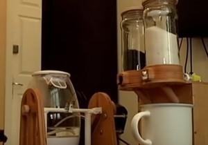 Днепрянин собрал чайного робота