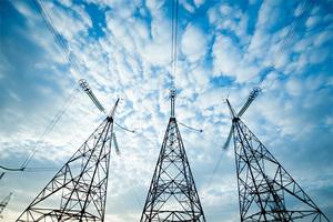 Енергетики ДТЕК Дніпровські електромережі працюють в посиленому режимі для ліквідації наслідків стихії