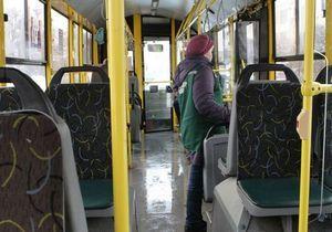 В Украине отменяют бесплатный проезд в транспорте: Кабмин одобрил монетизацию льгот
