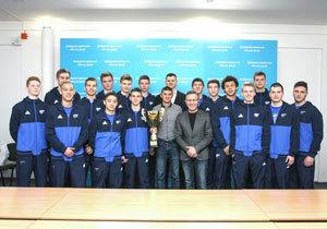 У Дніпровській міськраді привітали баскетболістів «СДЮСШОР-5 - ДВУФК – Дніпро» з перемогою на всеукраїнських змаганнях