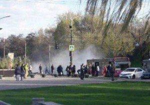 На Сичеславской набережной возле Coast задымился автобус
