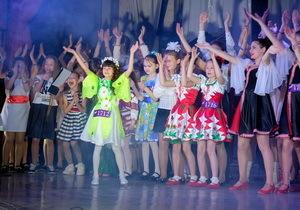 Почти полтысячи детей выступили на кастинге конкурса «Z_ефір» в Першотравенске