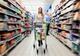Украинцы стали меньше тратить денег на продукты
