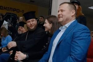 «Поцелуй Иуды»: Борис Филатов обвинил Владыку Симеона во лжи