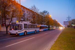 В Днепре на проспекте Поля оборвались провода: движение электротранспорта приостановлено