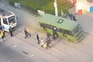 У автобуса отказали тормоза: механика и водителя привлекли к ответственности