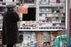 Невыгодная привычка: курильщикам придется платить за сигареты больше 100 гривен
