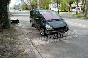 В Днепре на Криворожской столкнулись Renault и Chevrolet