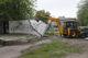 На улице Титова демонтировали аварийную сцену и детскую площадку