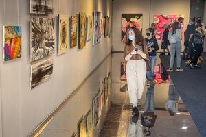 В музее украинской живописи открылась выставка картин молодых художников Днепропетровщины