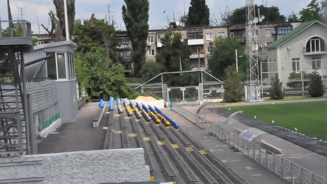 Новий стадіон сталі дніпродзержинськ