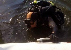 На Днепропетровщине спасатели извлекли из воды тело утонувшей женщины