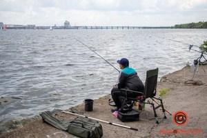 В Днепре прошел турнир по рыбной ловле