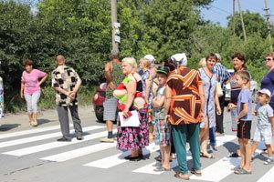 Жители Чапли перекрыли дорогу из карьера