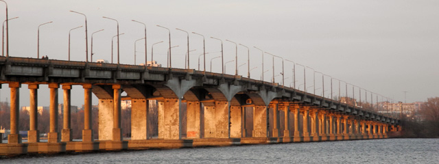 Центральный мост в Днепре за 311 млн₴ отремонтирует фирма из Мариуполя