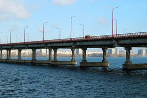 В Днепре на два месяца полностью перекроют Центральный мост