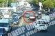 В Днепре автохам выехал на встречку и бросался на водителей (видео момента)