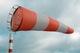 Метеорологи предупреждают жителей Днепра о сильных порывах ветра и первом уровне опасности