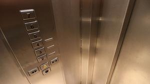 Диспетчерскую сигнализацию установят во всех лифтах Днепра