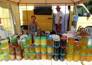 В парке Глобы открылся Фестиваль меда