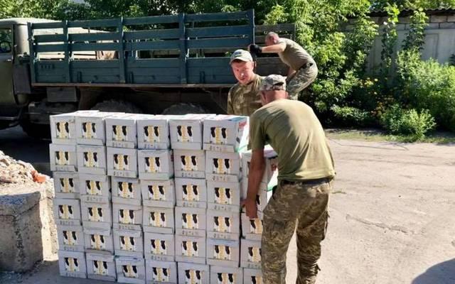 Волонтеры из Днепра отправили на передовую две тонны молока