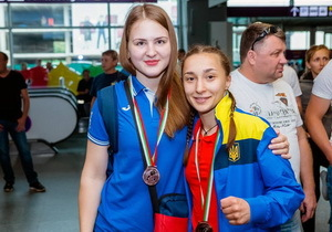 Дніпровські боксерки привезли з Кубку України чотири медалі