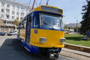 В Днепре на маршруты вышли шесть трамваев, приобретенных в Германии